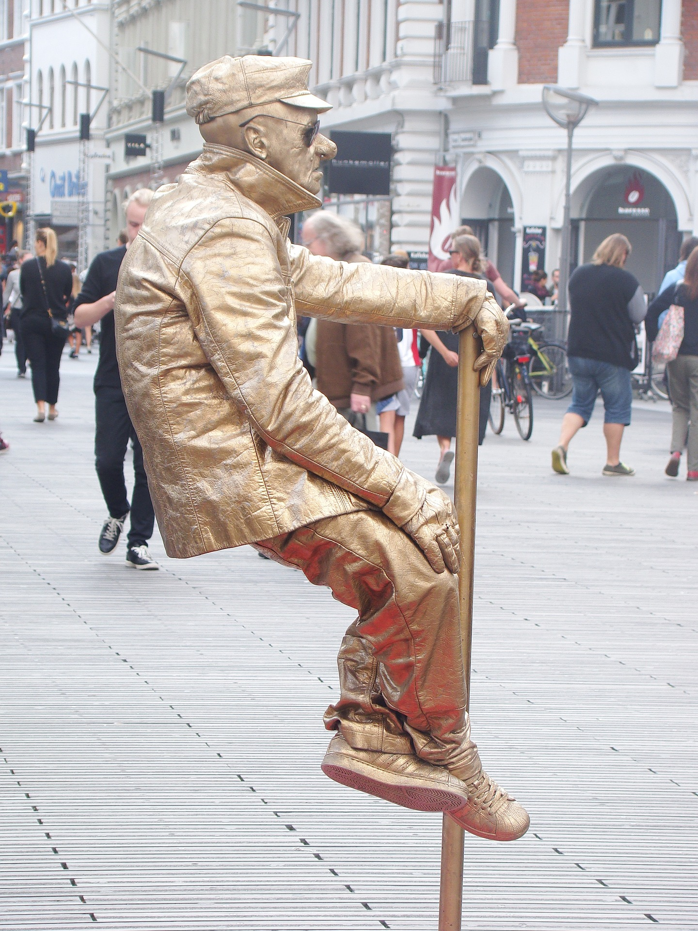 World living statues festival in arnhem - Outs idee open voor levende ...